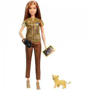 Barbie National Geographic Photographer Playset - Sale