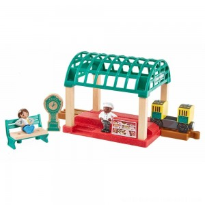 Fisher-Price Thomas & Friends Wood Knapford Train Station - Sale